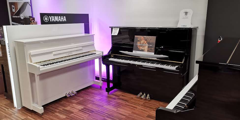 FRANCE PIANOS YAMAHA